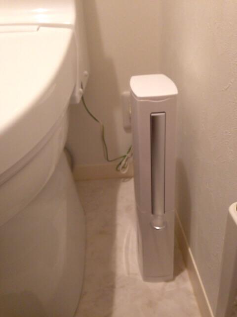 スリムなトイレタワー